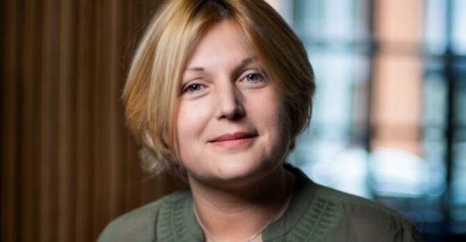 """Amelie Poisson, Directrice Marketing& Relations Client La Redoute est élue """" femme du digital 2021″"""